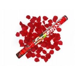 Tuba strzelająca, czerwone płatki róż