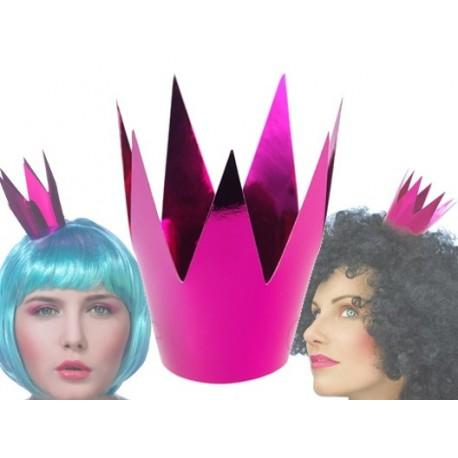 Różowa papierowa korona